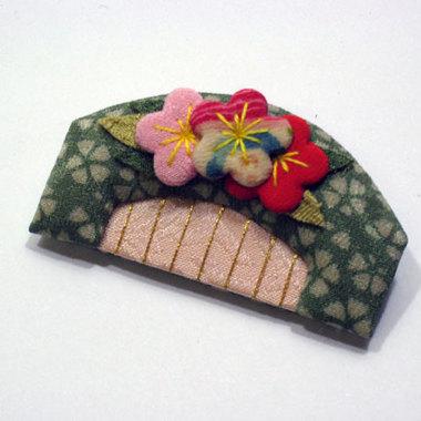 正絹 くしブローチ(小)